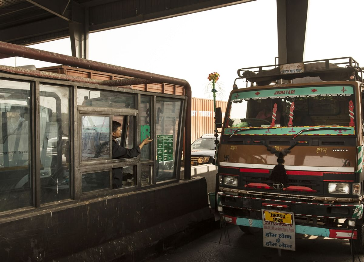 Toll Collection Through FASTag In December Rises To Rs 2,304 Crore