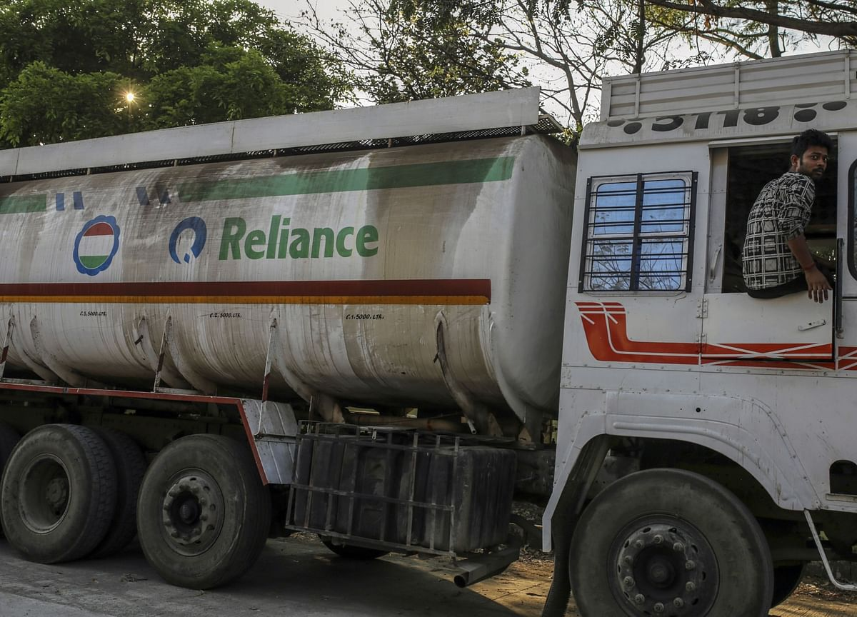 Reliance to Spin Off Oil-to-Chemicals With $25 Billion Loan