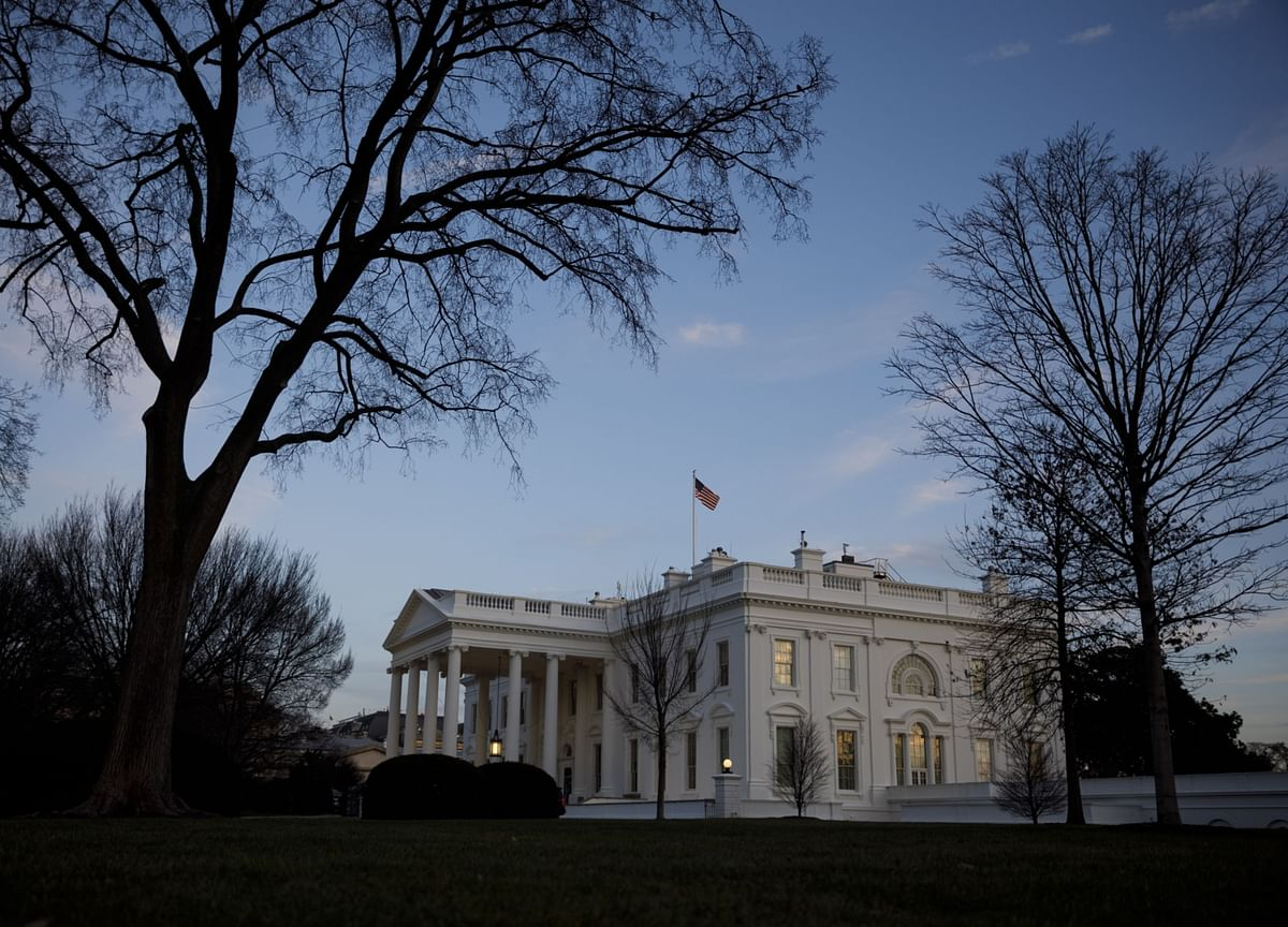 Trump Averts Mass-Resignation Crisis as Riot Tests Staff Loyalty
