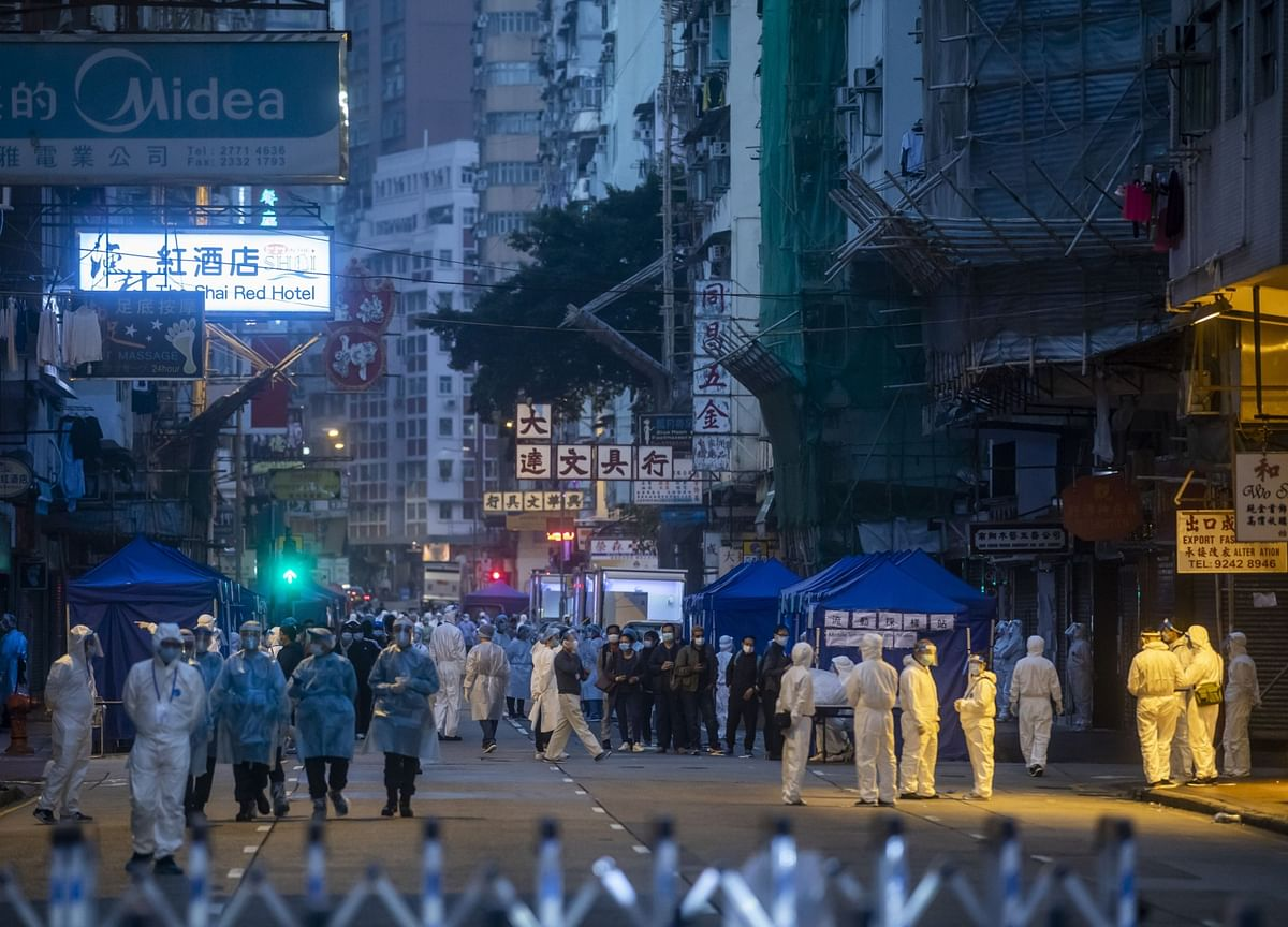 Hong Kong's Economy Contracts Record 6.1% in Pandemic Year