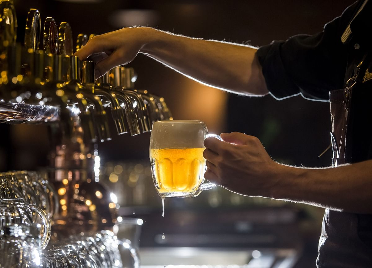 Sweden Extends Alcohol Serving Ban Amid 'Serious' Covid Levels