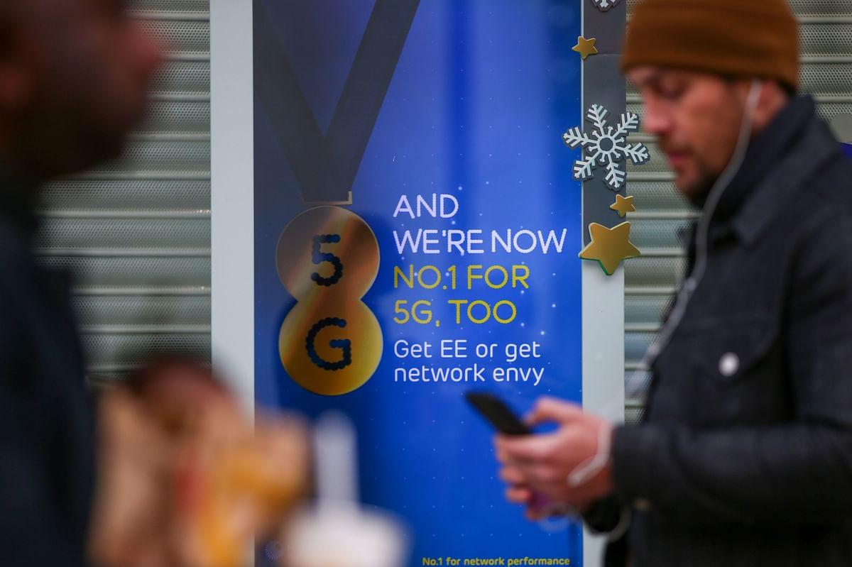 5G Airwave Bids Surge Past $76 Billion to Set Auction Record