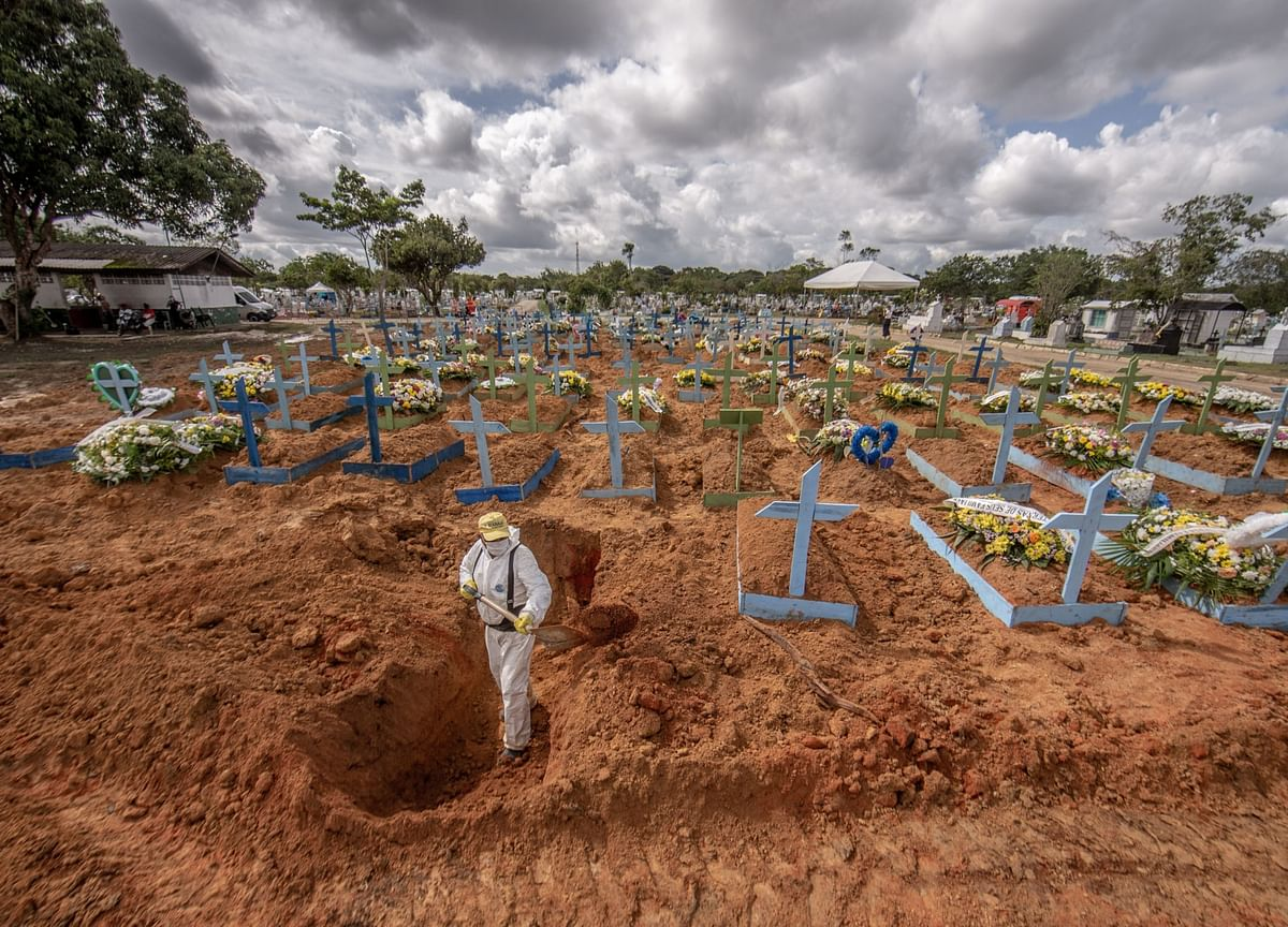 Oxygen Shortage Plunges the Amazon's Capital Into a Covid Nightmare