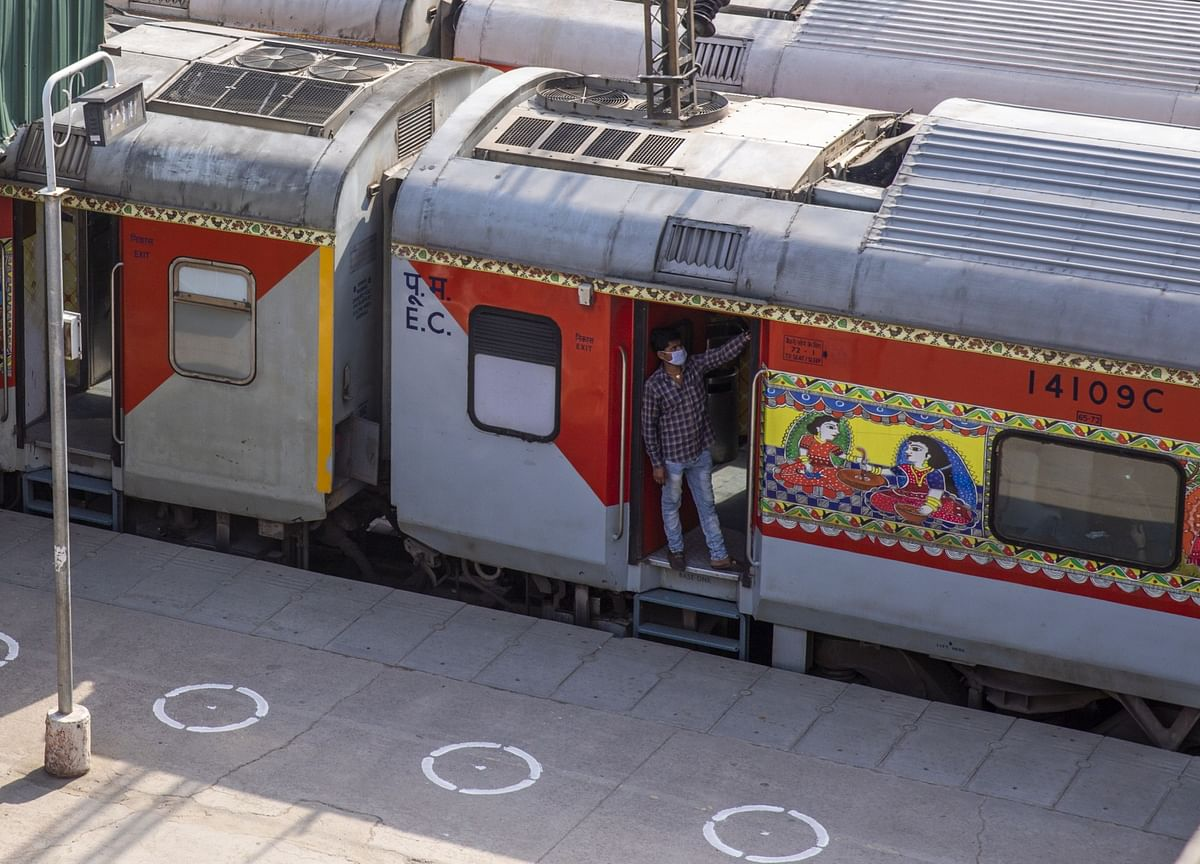 IRCTC To Resume E-Catering Services From Next Month