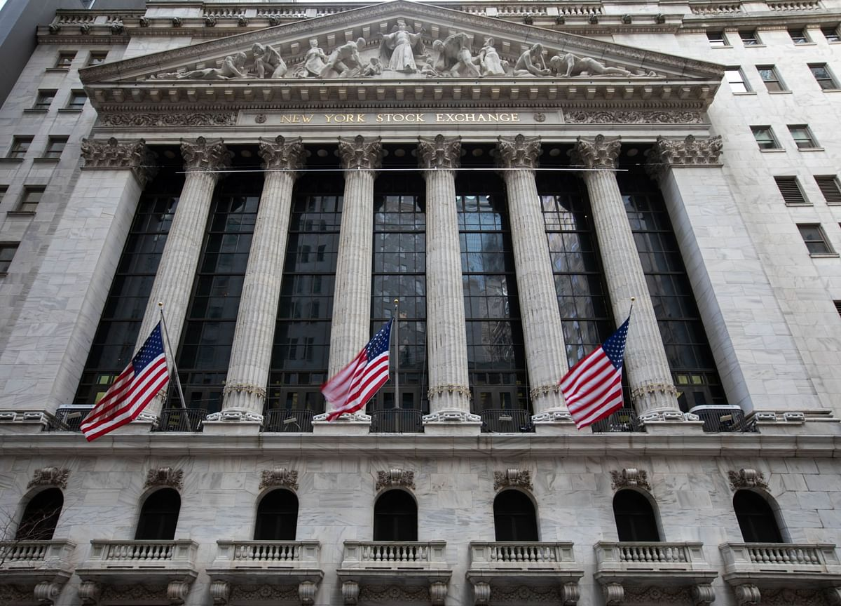 NYSE Mulls Reverting to Original Plan to Delist China Shares