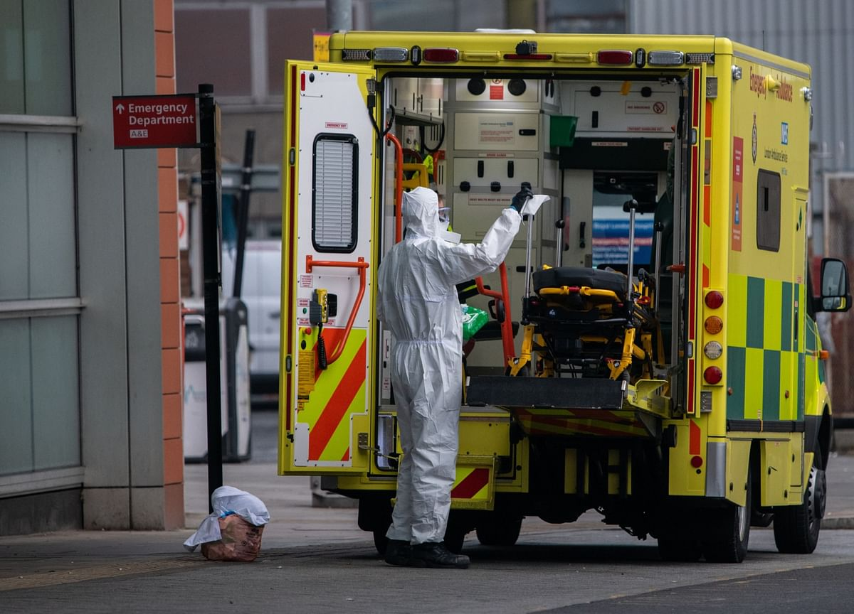 U.K. Suffers Deadliest Day, Some Hospitals 'Like a War Zone'
