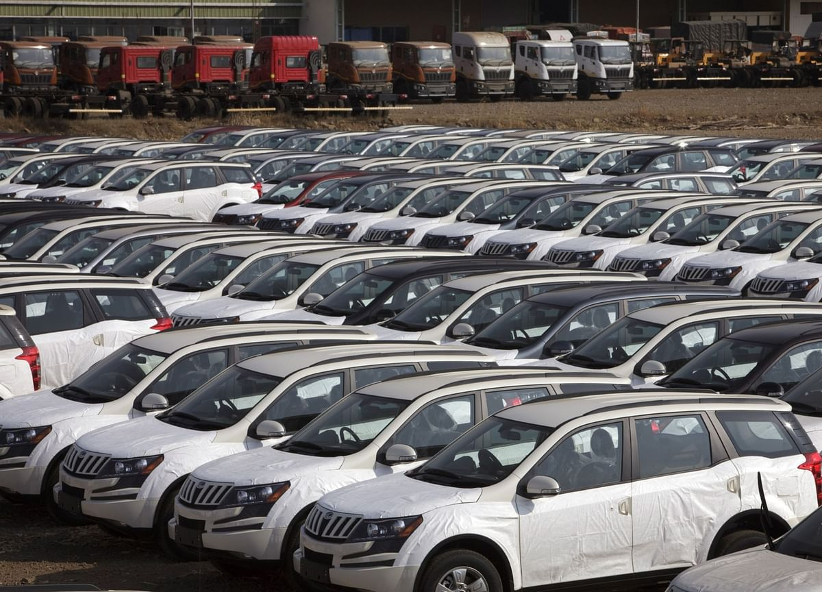 Auto Wholesale Dispatches Rise Amid Year End Push, Says ICICI Securities
