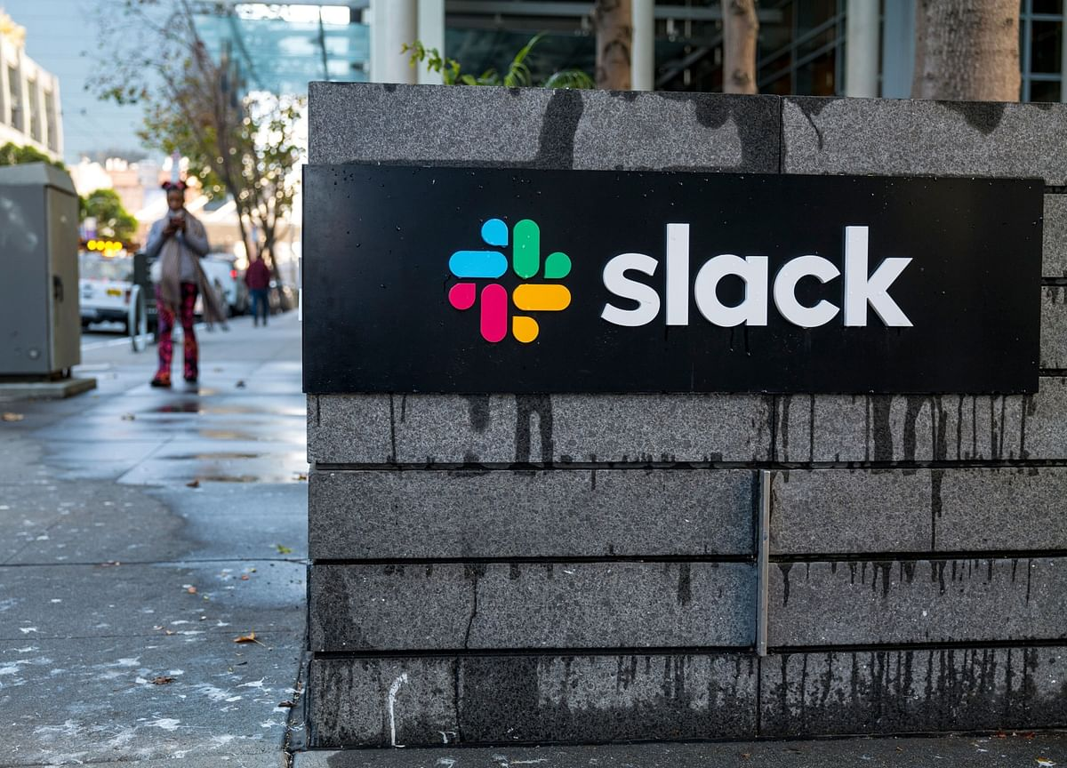 Slack Service Disrupted as Workers Return After Holidays