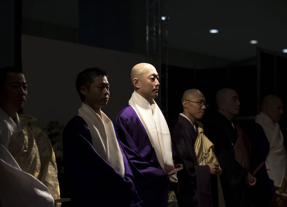 Buddhist Monks Are Snapping Up ESG Bonds in Japan