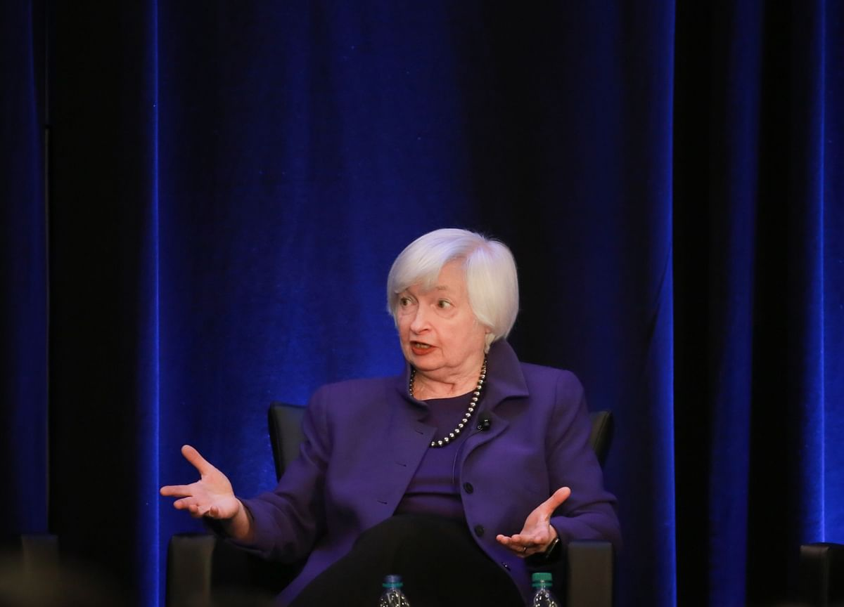 Yellen Shows Dollar Shift, China Toughness, Change on Climate