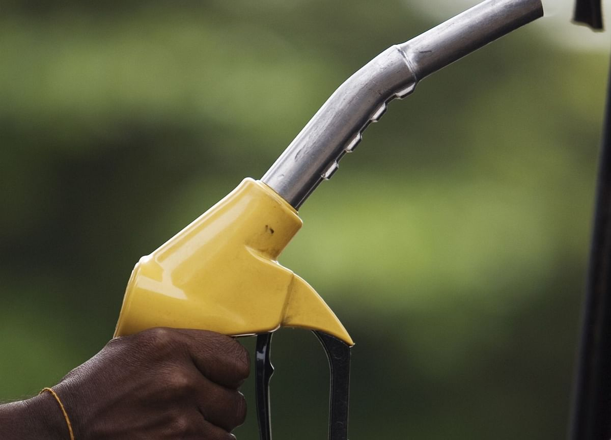 High Gas and Diesel Prices in India Prompt Smuggling of Fuel
