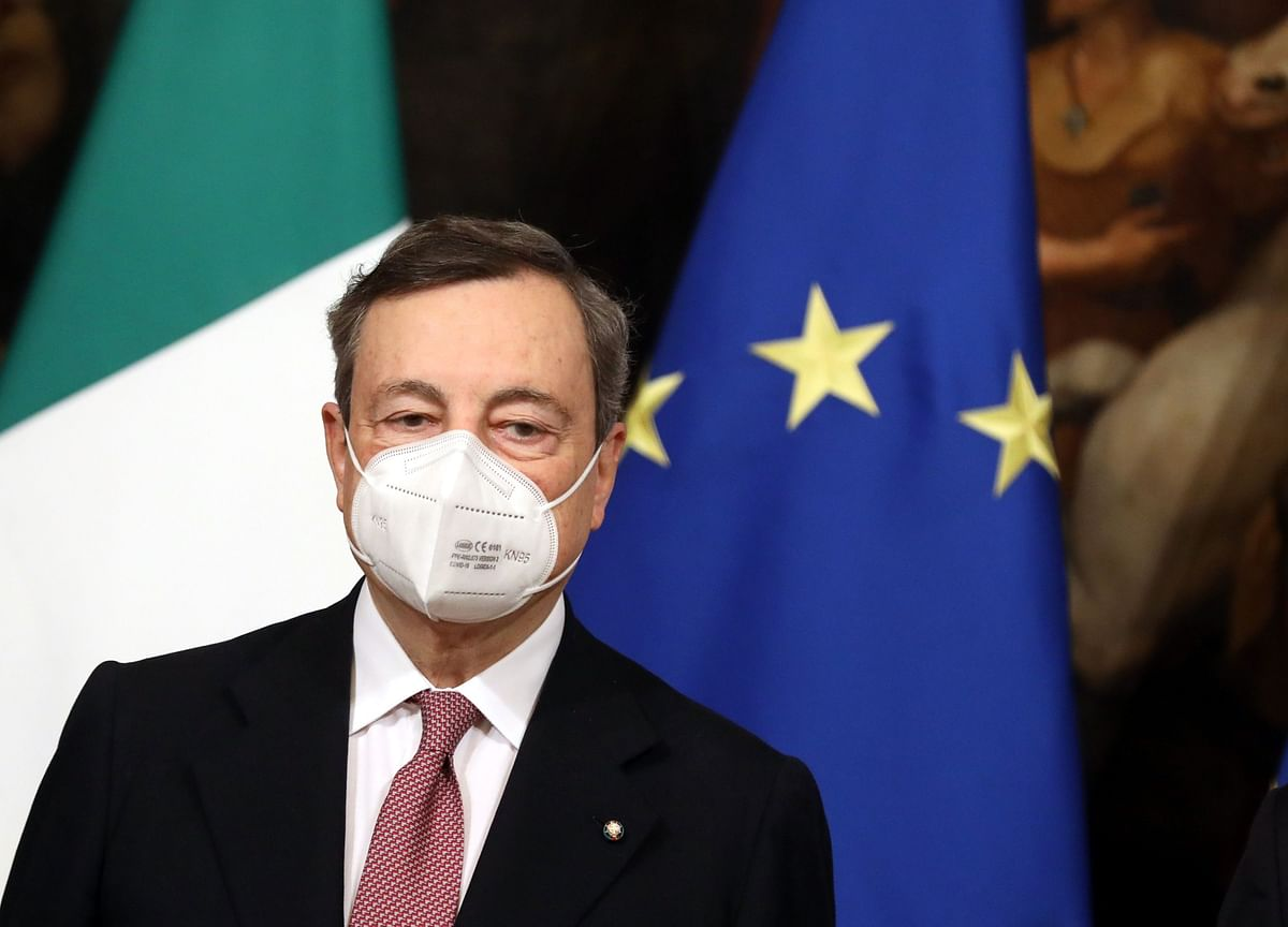 Draghi Says EU Funds Will Help Make Italy's Debt Sustainable