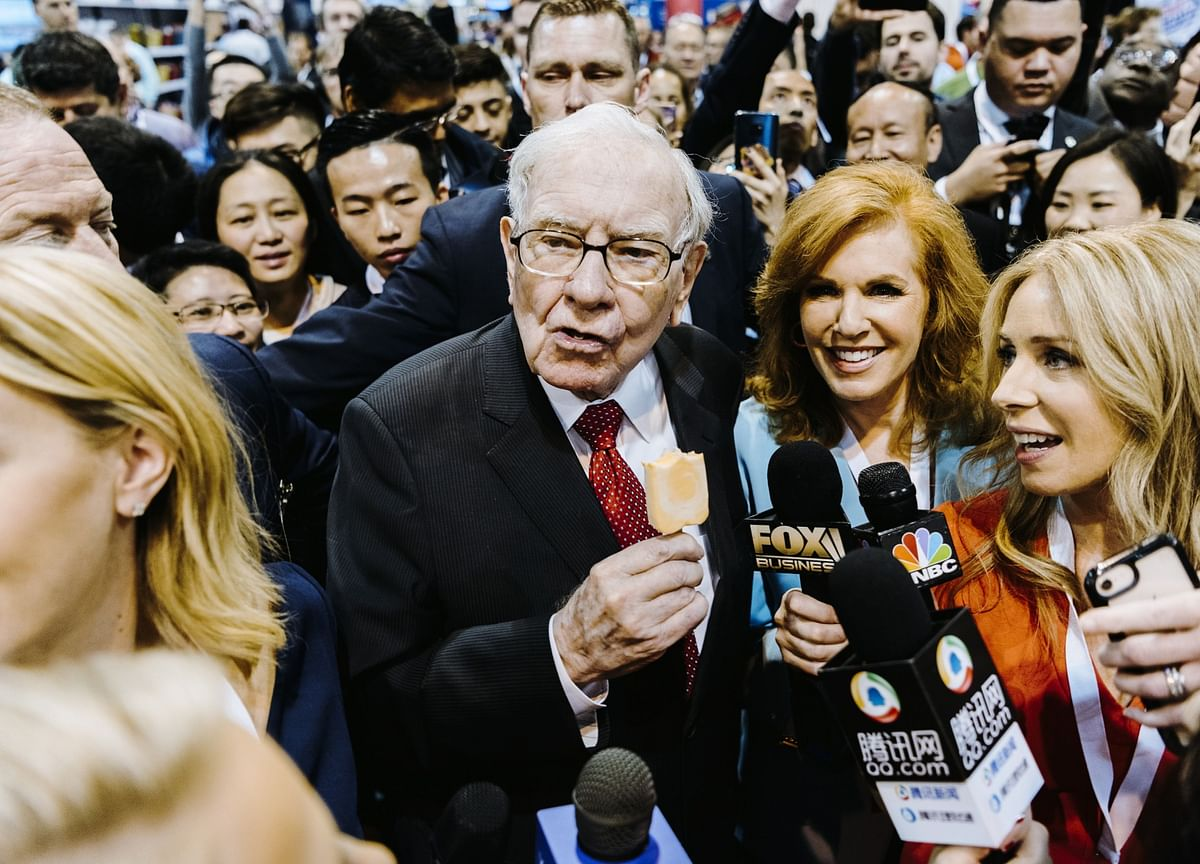 Warren Buffett's Letter To Shareholders - Investment Mistakes, Conglomerates And Treating Shareholders As Partners
