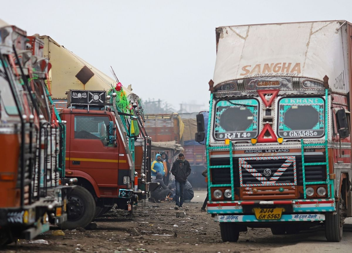 India's 'Cash-for-Clunkers' Needs Strong Incentives to Succeed