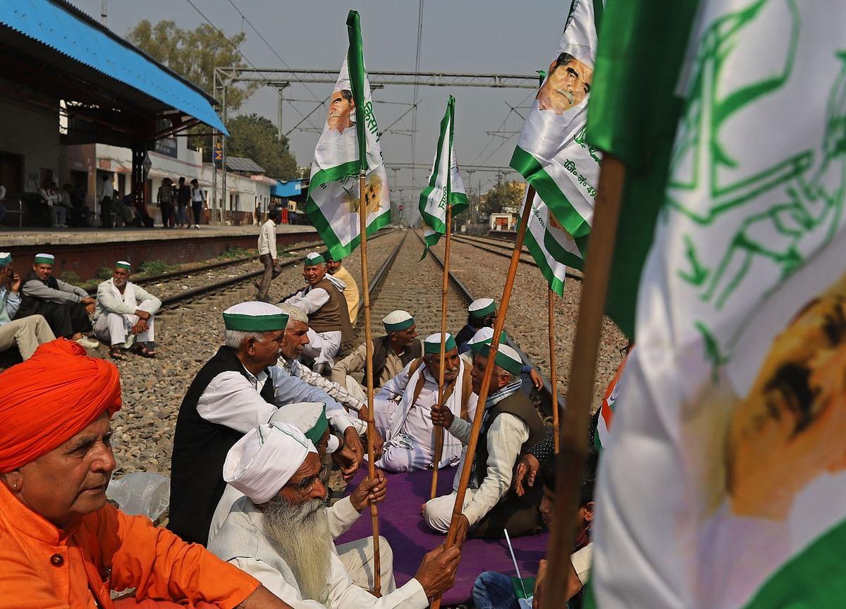 Farmers Stage Nationwide 'Rail Roko', Railways Says Negligible Impact