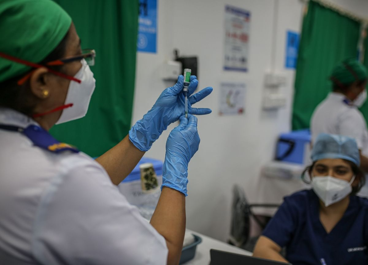 India's Virus Epicenter Has Only Three Days of Vaccines in Stock