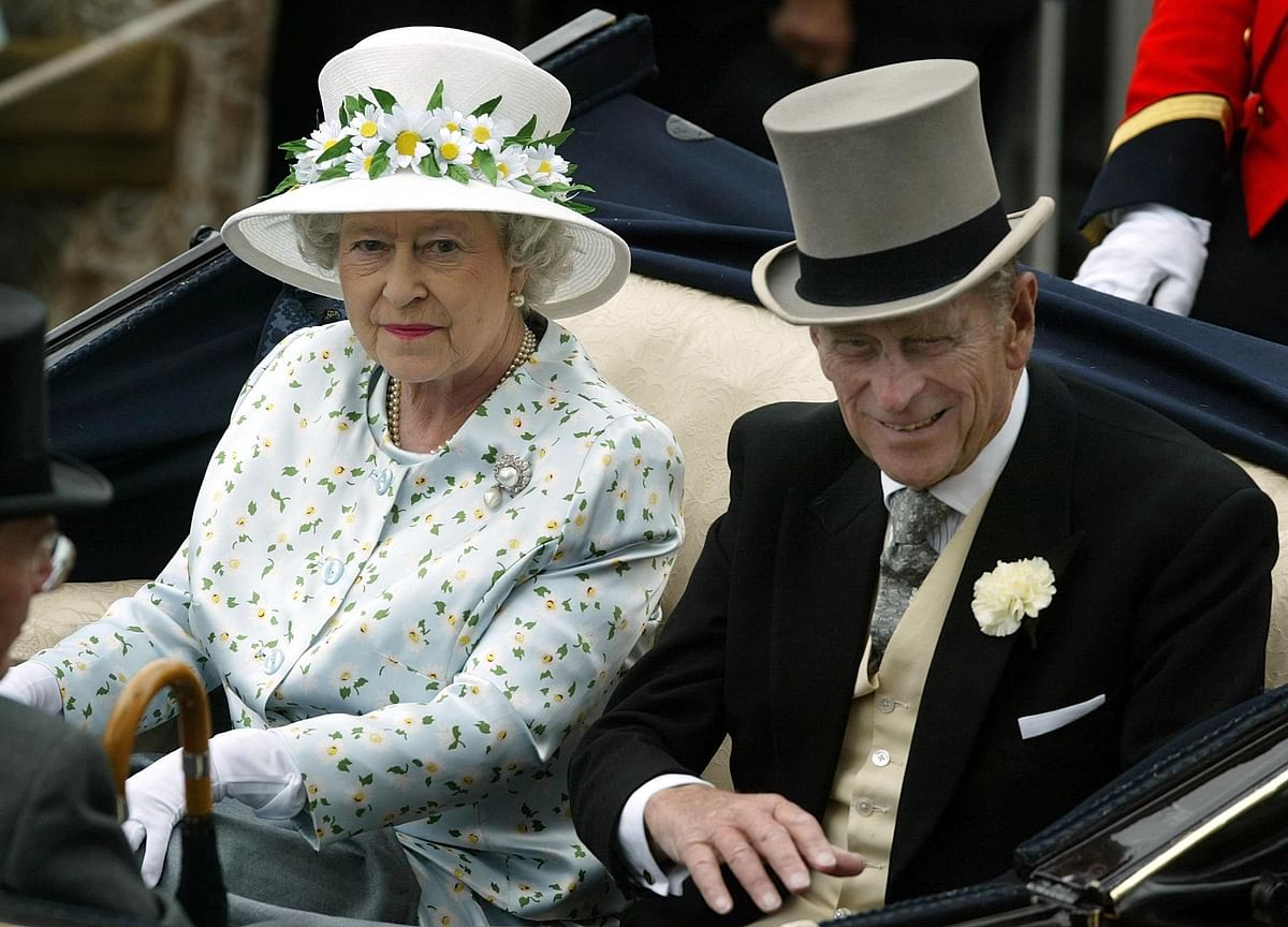 Queen Elizabeth's Husband Prince Philip Admitted to Hospital