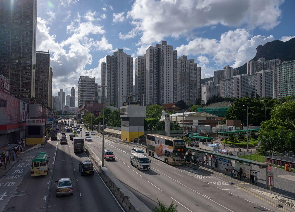 Hong Kong Pro-Democracy Politicians Sell Homes Amid Crackdown