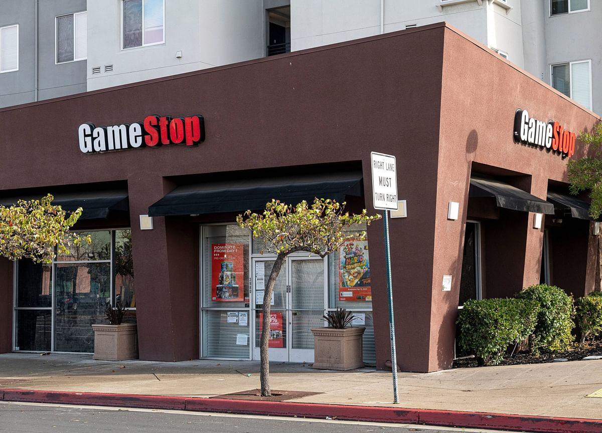 GameStop Wraps Up Worst Week Ever, Leaving $18 Billion Hole