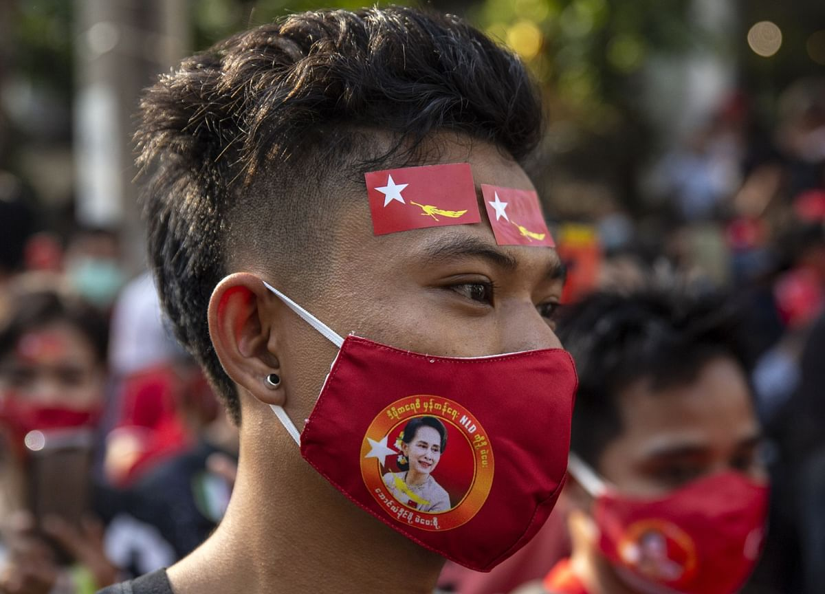 Myanmar Deploys Martial Law in Cities as Youths Stare Down Army