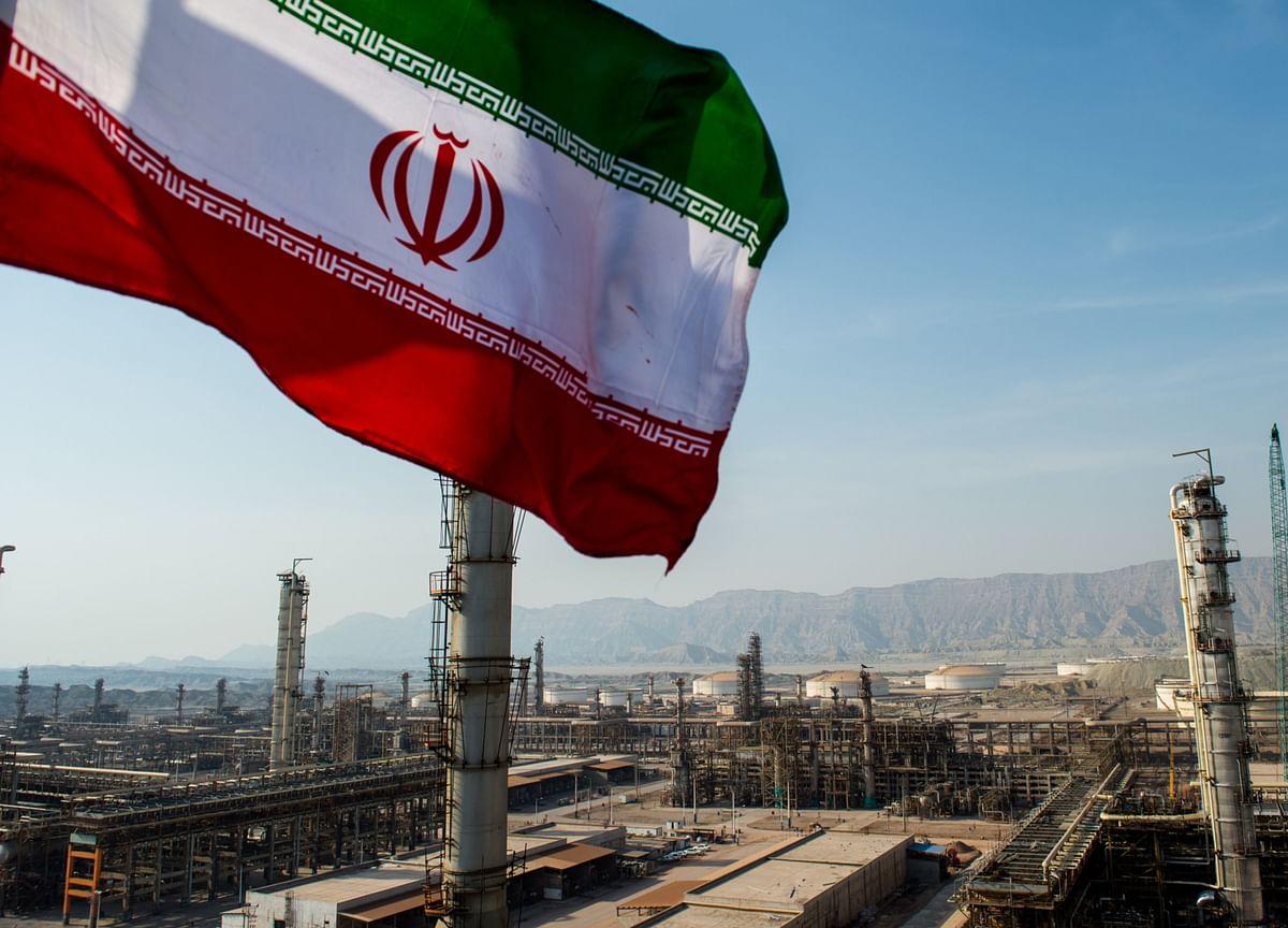 Iran Says Nuclear Talks Also Involve Pre-2015 U.S. Sanctions