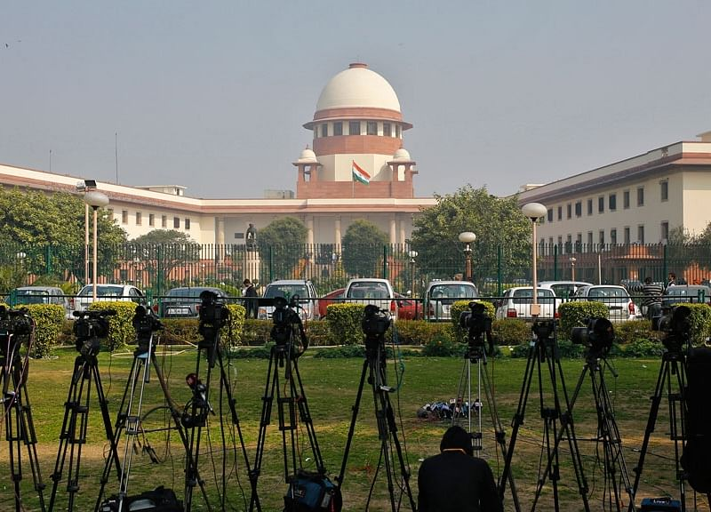 Supreme Court Asks Centre To Place Regulations To Censor Pornographic Content On Streaming Platforms
