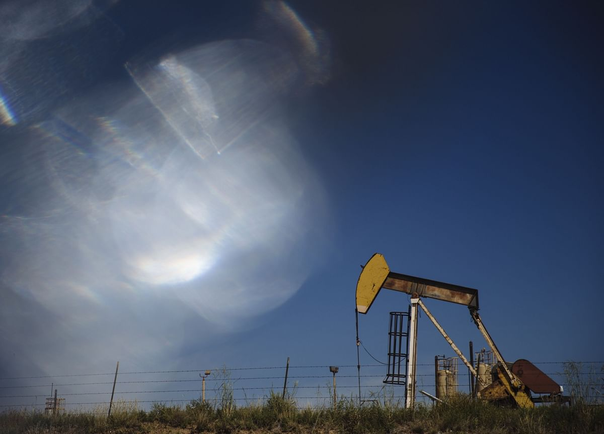 Oil Rallies as Extreme Texas Cold Batters U.S. Energy Markets