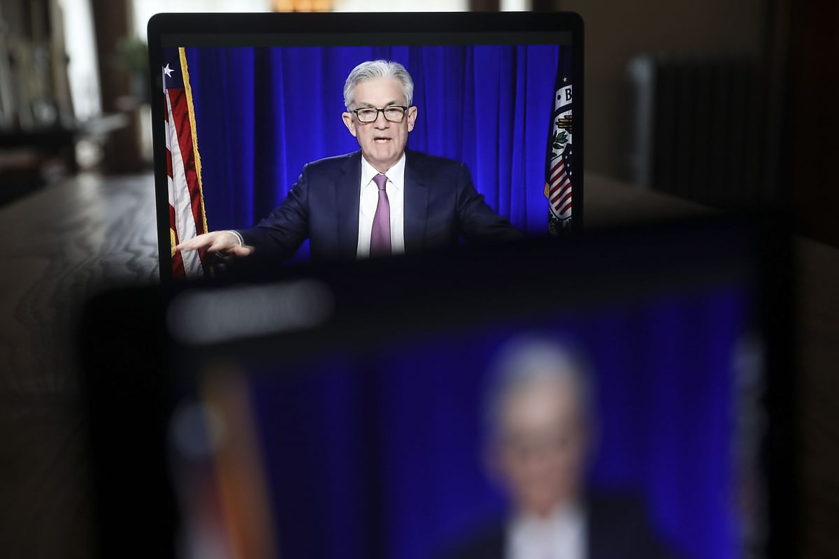 Powell Expects Bump in Inflation, Says It Won't Get Out of Hand