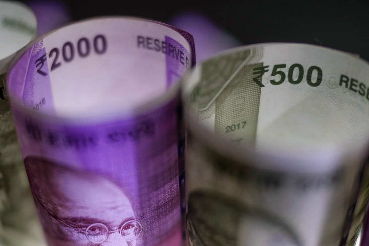 RBI's QE Offers Little Relief as Underwriters Rescue Bond Sale