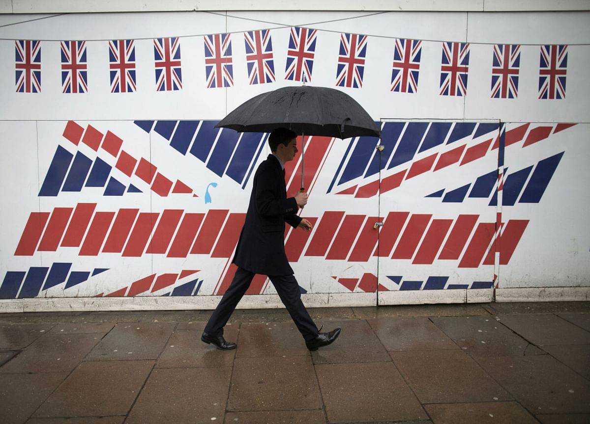 U.K. Economy Shrank Less Than Expected In January Lockdown