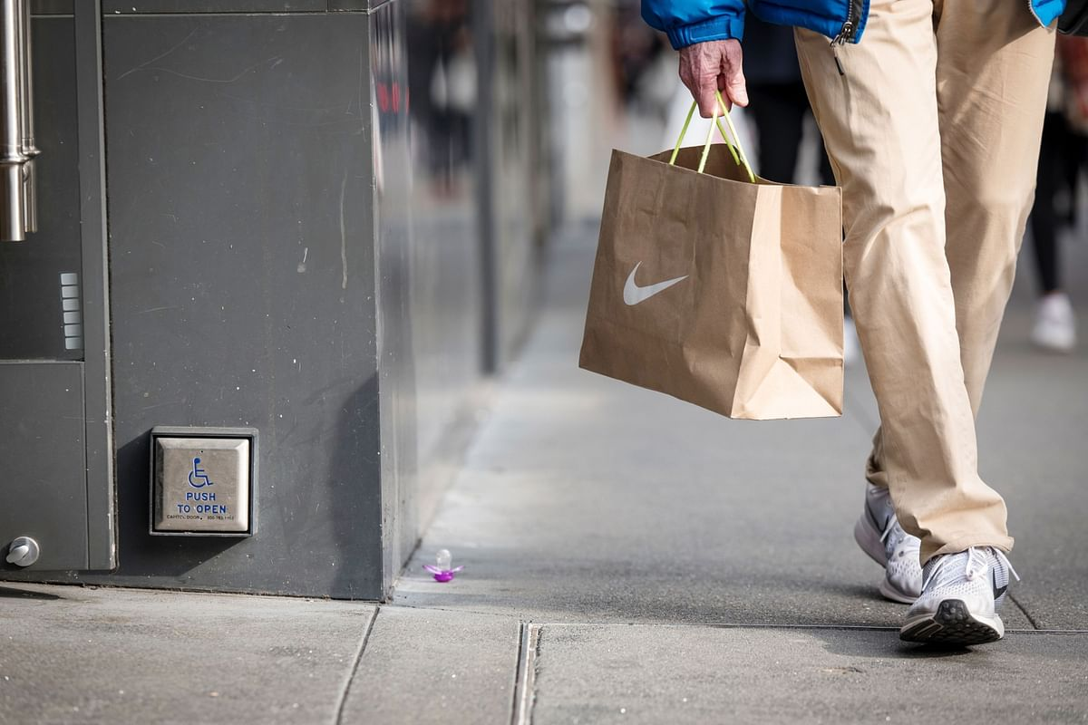Nike's Executive Saga Exposes Uneasy Relationship With Resellers
