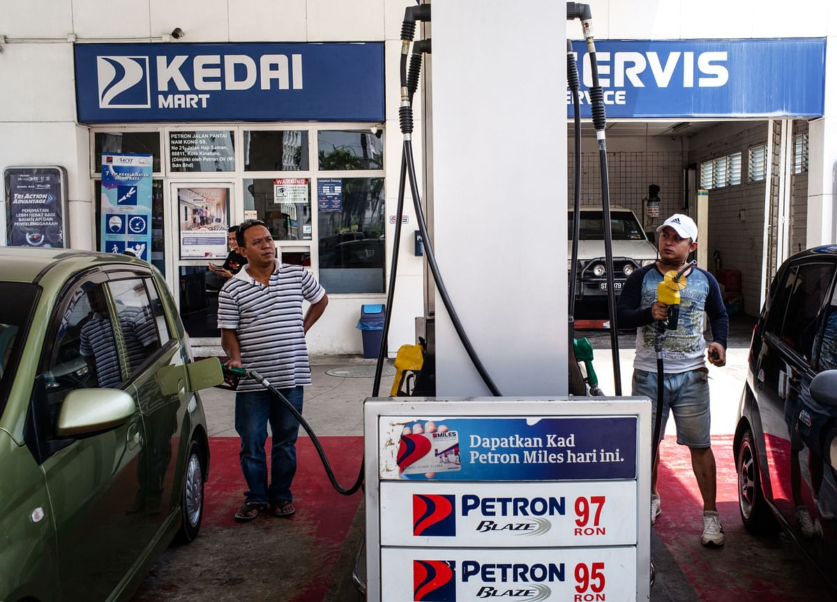 Tourism Lull From Thailand to Singapore Damping Oil Demand