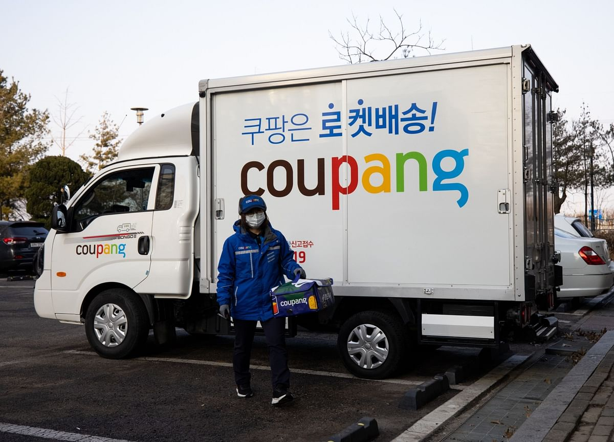 SoftBank-Backed Coupang Gets Debut Gain in Top 2021 U.S. IPO
