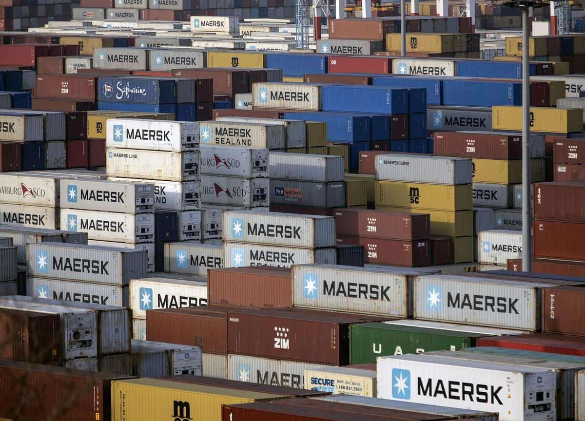 Maersk Is Said to Weigh Sale of $1 Billion Cold Container Unit