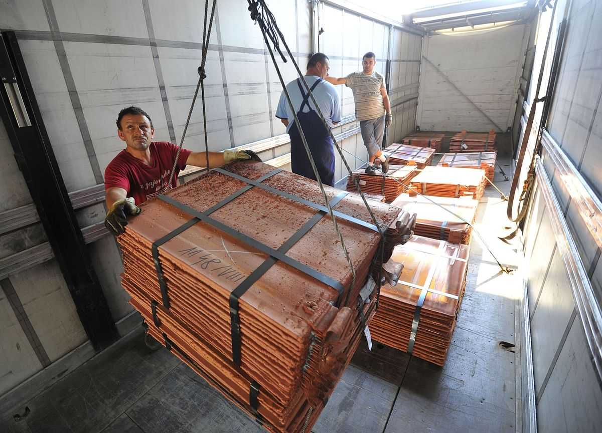 Trader Buys $36 Million of Copper and Gets Painted Rocks Instead