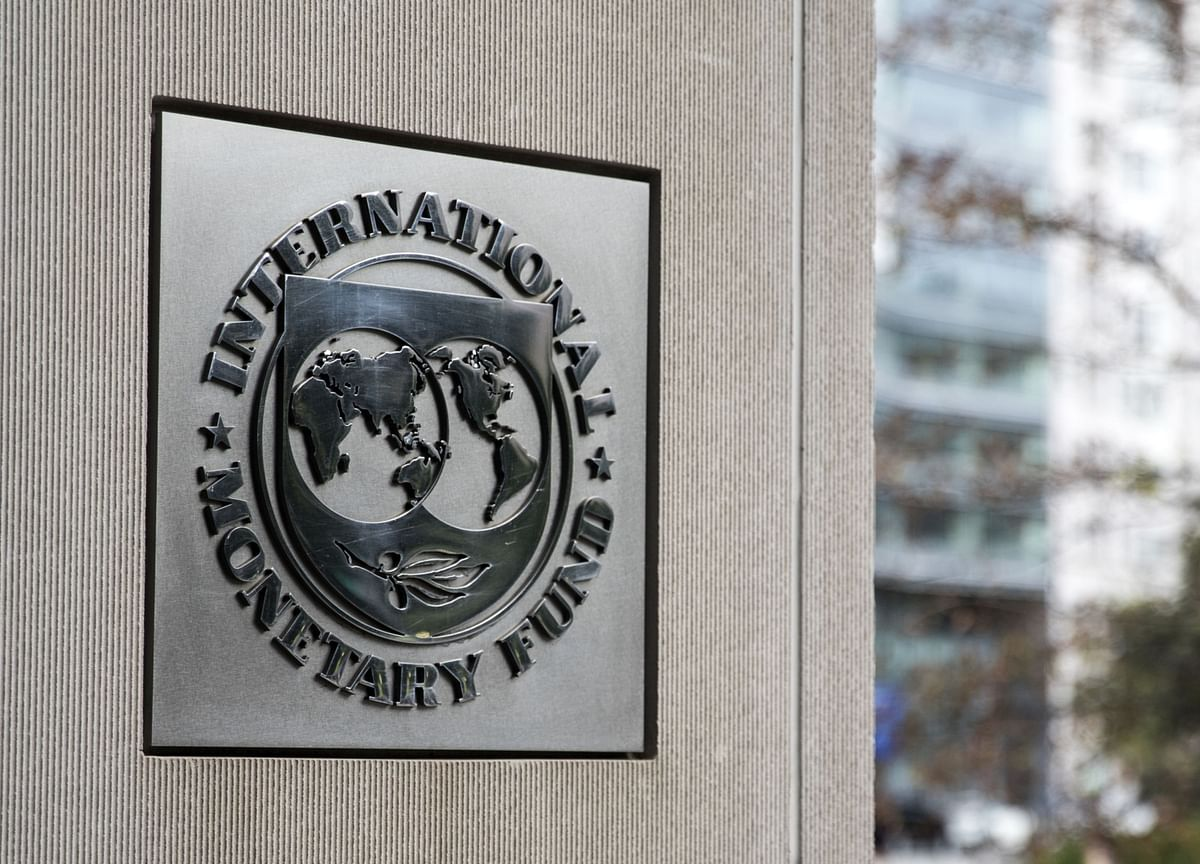 IMF to Upgrade World Growth Outlook on U.S. Stimulus, Vaccines