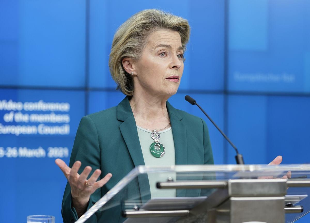 EU Cautiously Backs Vaccine Curbs That Invite Retaliation