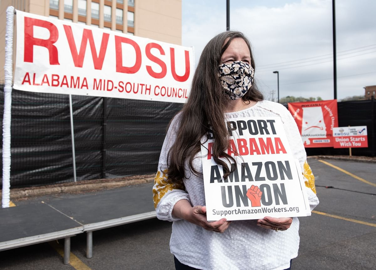 Amazon Fights Union Drive With Fact-Free Bombast