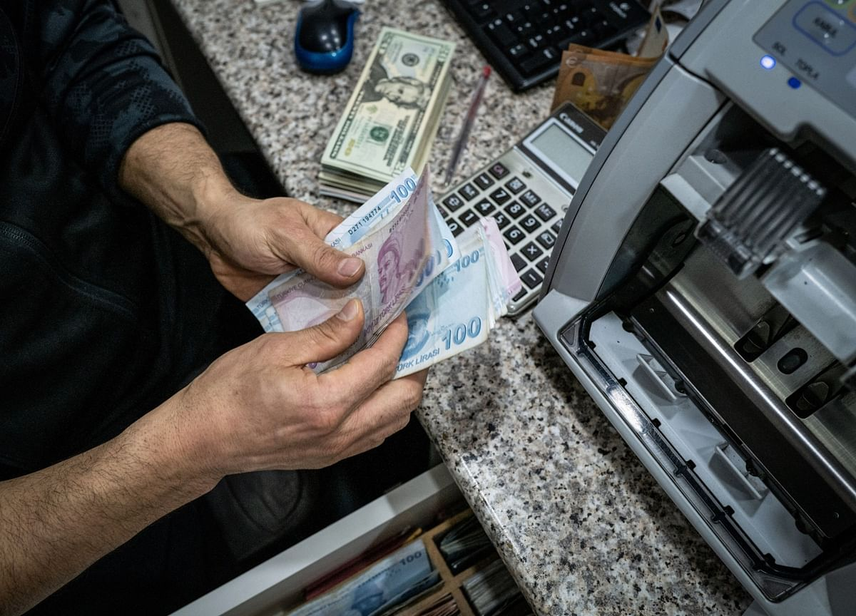 Turkey's Central Banker to Weigh Up Inflation After Lira Slump