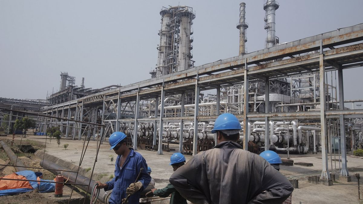 Why Oil Marketers May Be Staring At Lower Profits In Q1