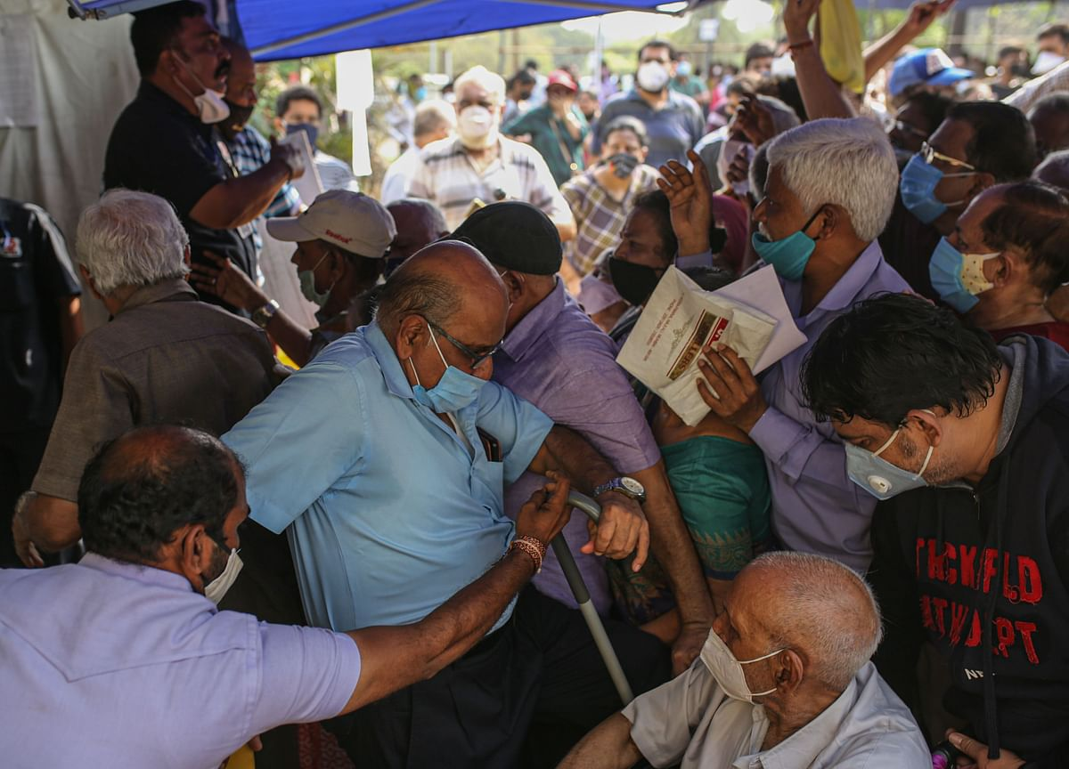 India's Expanded Vaccination Program Opens to Crashing Servers