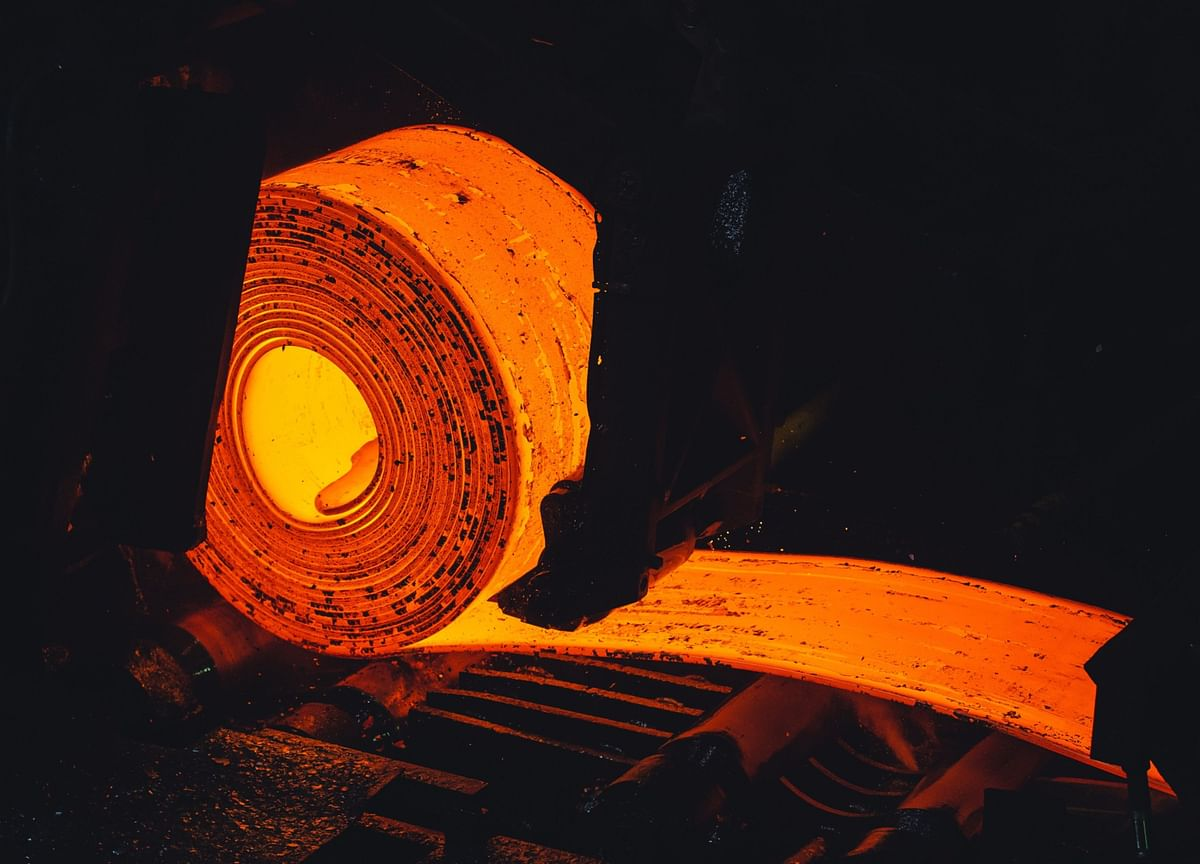Steel Hits Fresh Highs in China as Output Curbs in Sharp Focus