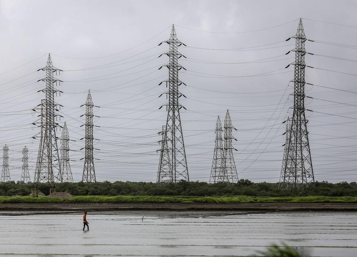 Tata Power Mulling $473 Million Renewable Energy Unit IPO