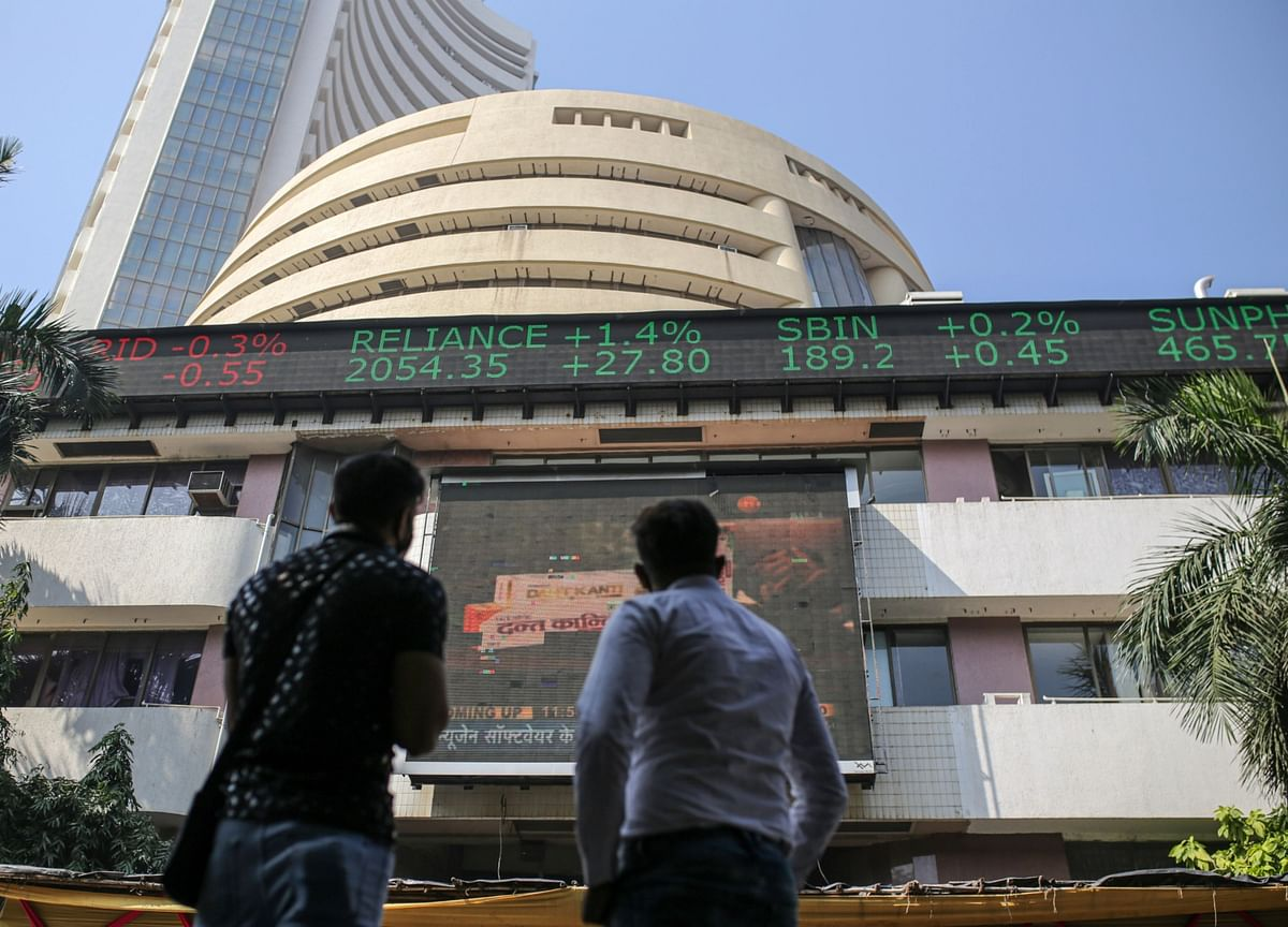 Stocks in India Find Local Support Amid Exodus of Global Funds