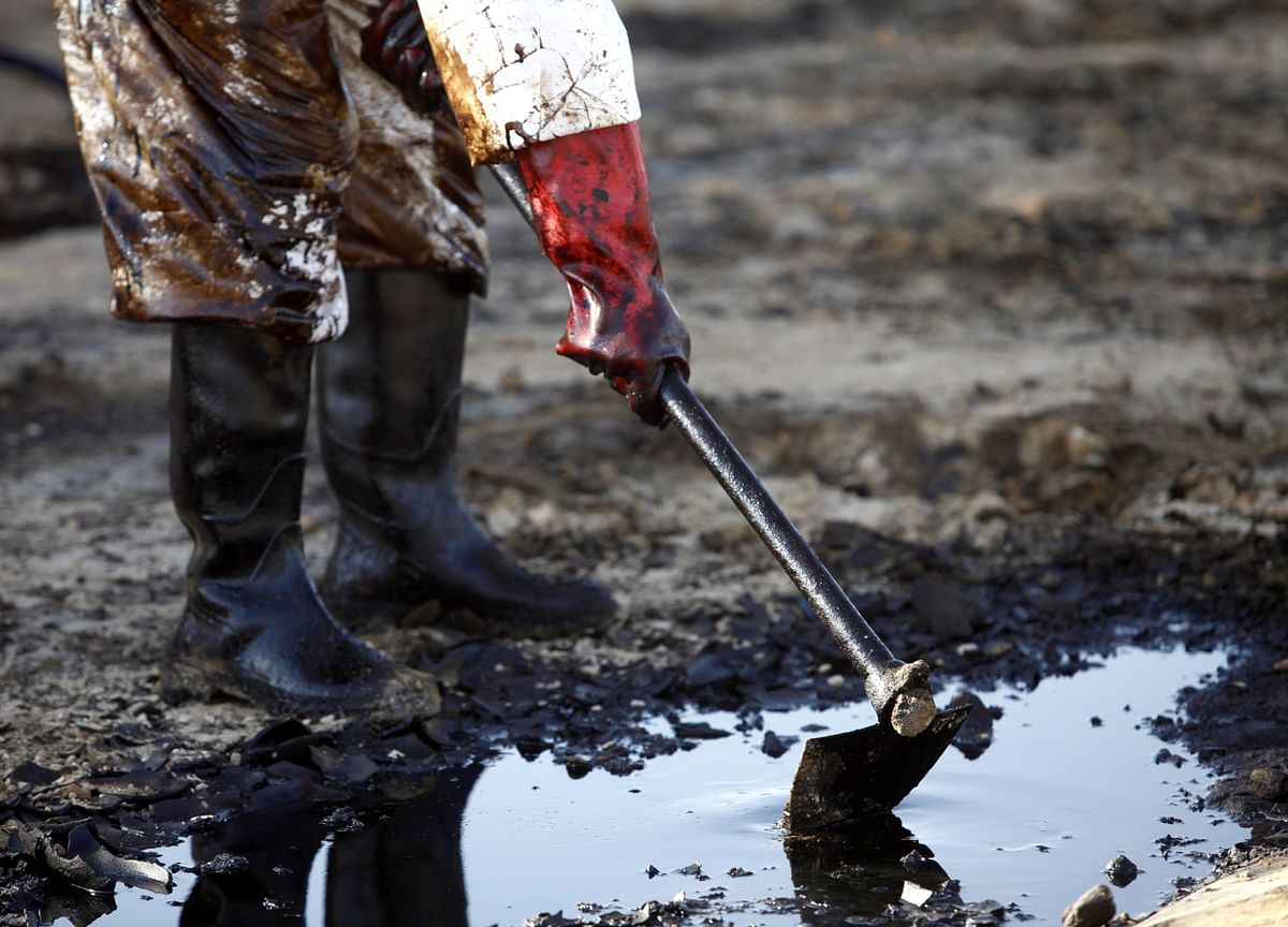 Oil Reaches Seven-Week High With Demand Revival Gaining Traction