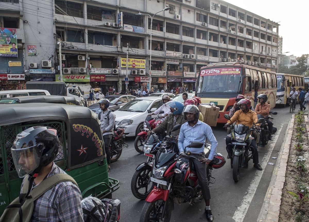 Bangladesh to Enforce Seven-Day Virus Lockdown From Monday
