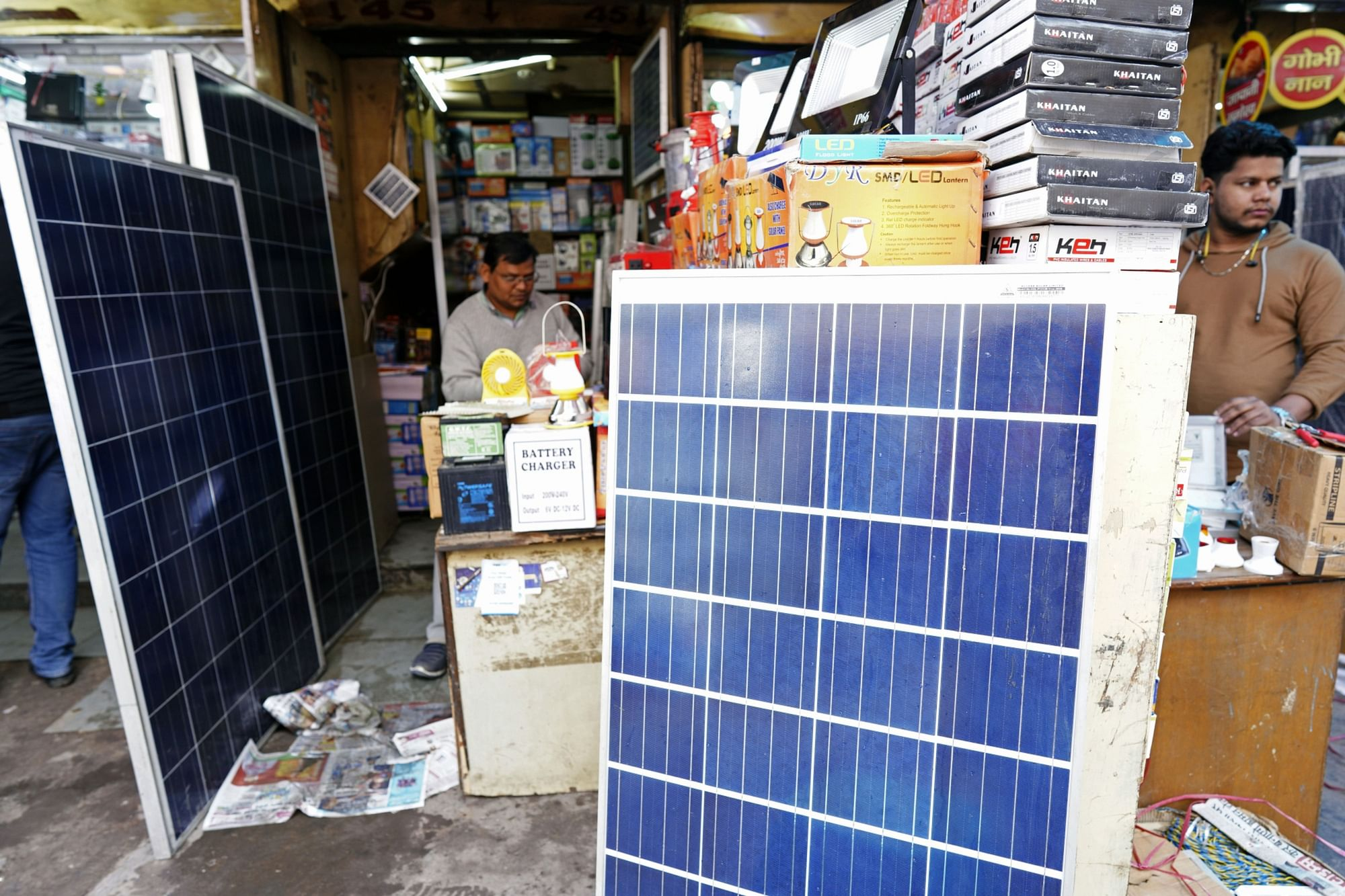 Solar panels sit on display inside an electronics shop at Chandni Chowk market in New Delhi, on Feb. 2, 2020. (Photographer: Ruhani Kaur/Bloomberg)