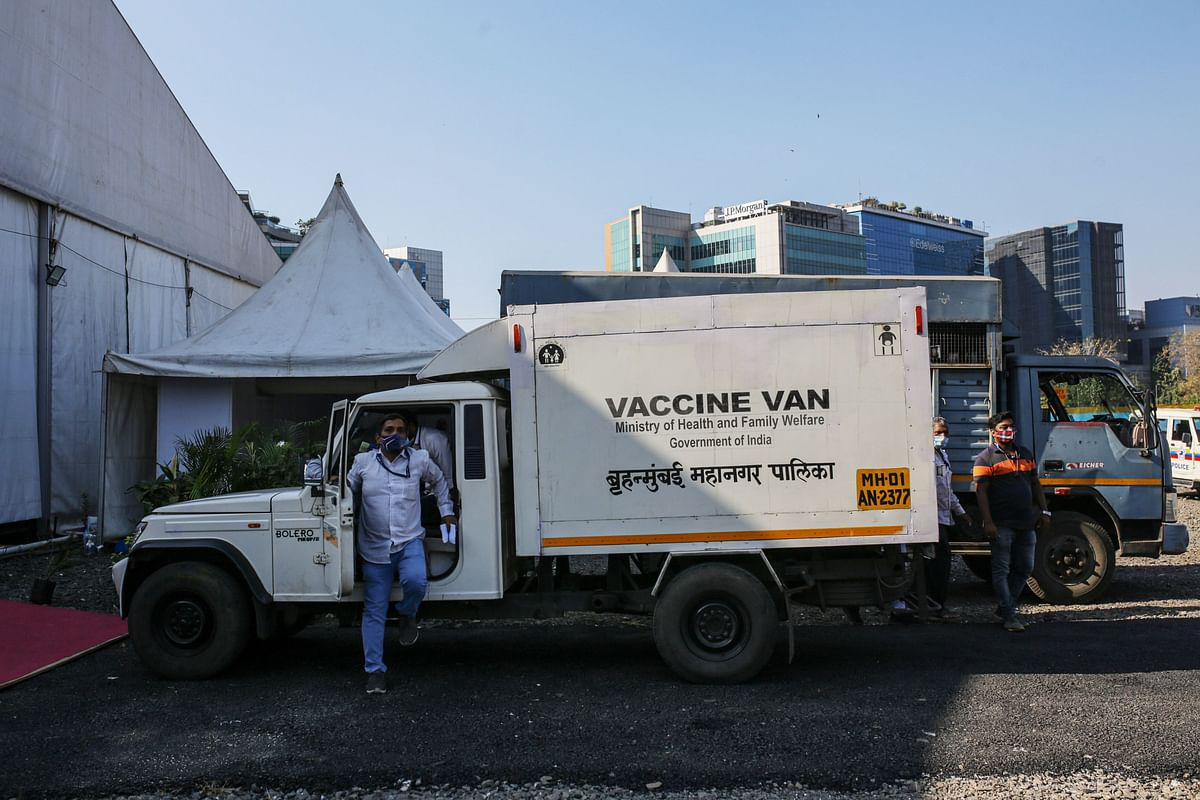 A vehicle containing Covid-19 vaccines arrives at BKC vaccination center in Mumbai, India. (Photographer: Dhiraj Singh/Bloomberg)