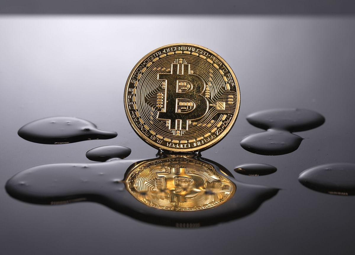 Bitcoin Resumes Slide as Energy Usage Debate Whipsaws Investors