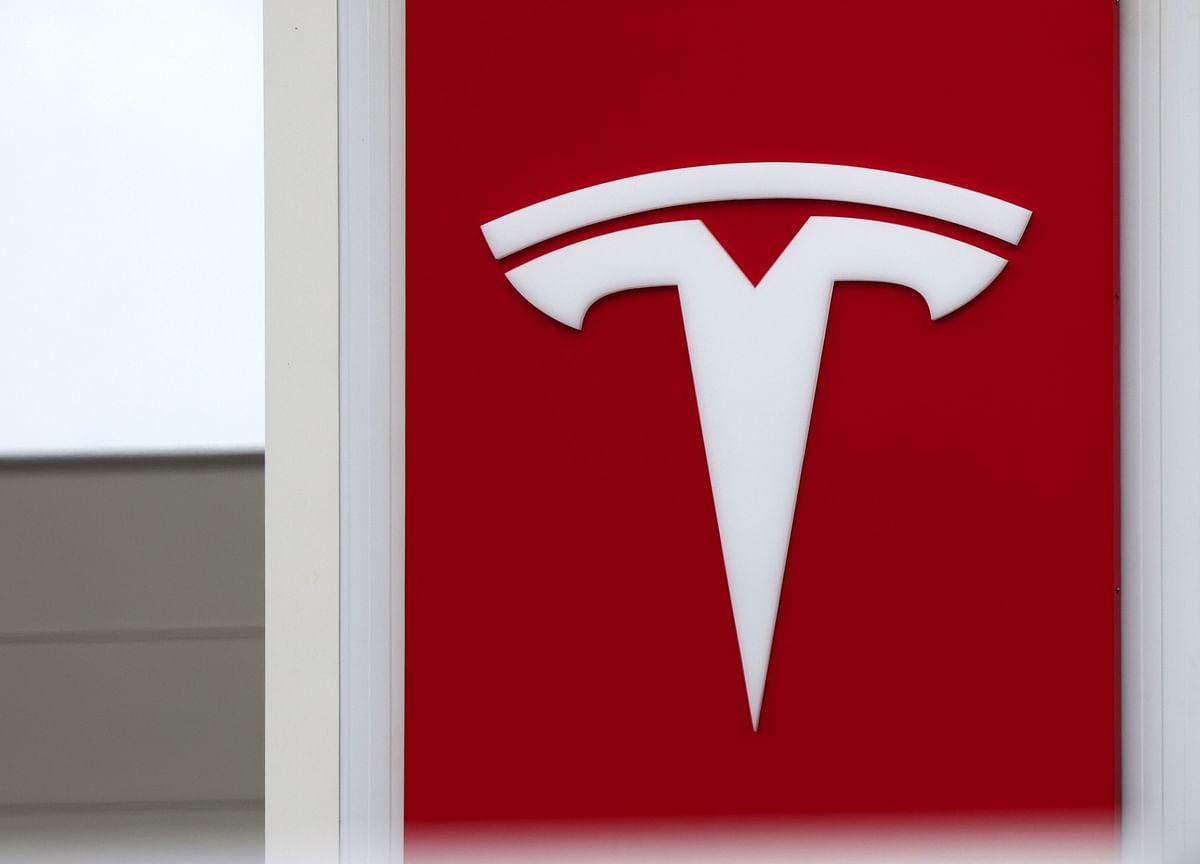 Tesla Ditches Radar Sensors Musk Upheld After a Fatal Crash